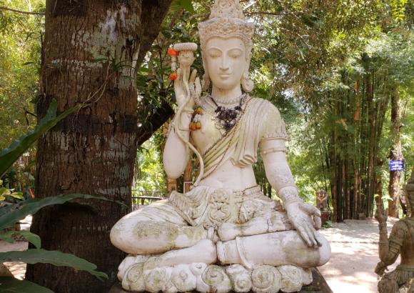 Quintessentially Thai: Images of Asia
