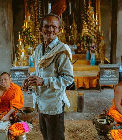 cambodia-daniel-bernard-8i4BOIr6ueM-unsplash