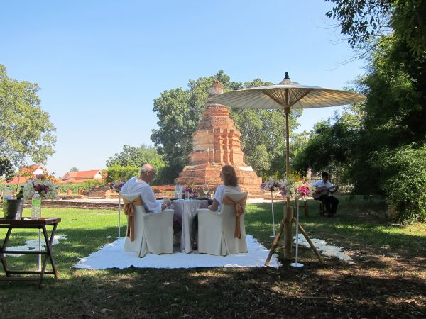 luxury private lunch at thai temple chiang mai