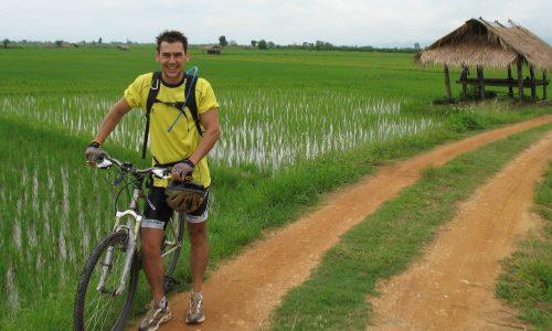 smilingalbino-bio-dan-crai-biking