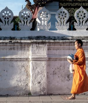 thailand-chiang mai-monk-chris-arthur-collins-5dIlQDlMQa8-unsplash